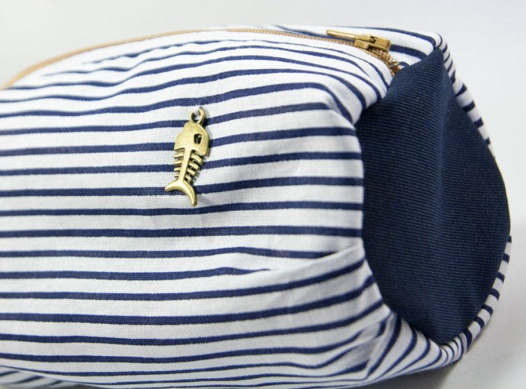Trousse Ronde marinière – In the Navy