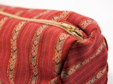 Trousse népalaise rouge