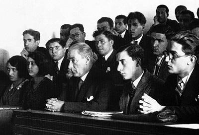 Atatürk Üniversite Öğrencileri ile birlikte