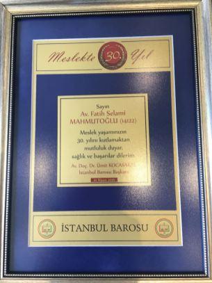 Fatih Selami Mahmutoğlu- Avukatlık Mesleğinde 30. Yıl Plaketi