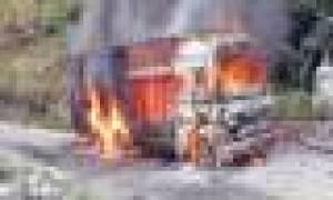A truk set ablaze by protestors of Netra Bikram Chad-led CPN –Maoist  for defying strike in Dhading district. Photo: Bharat Koirala