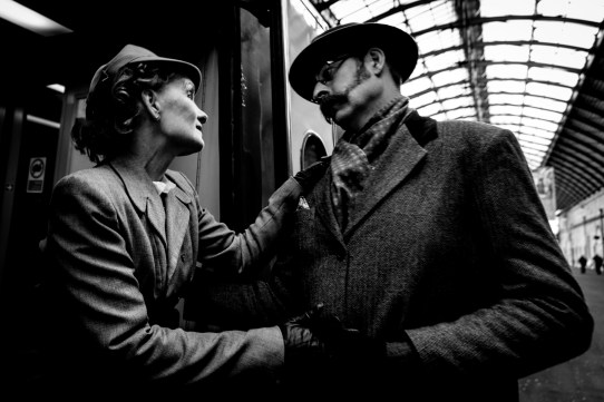 Hullywood Icon numbers 31 and 32 Film: Brief Encounter Location: Hull Paragon Station.