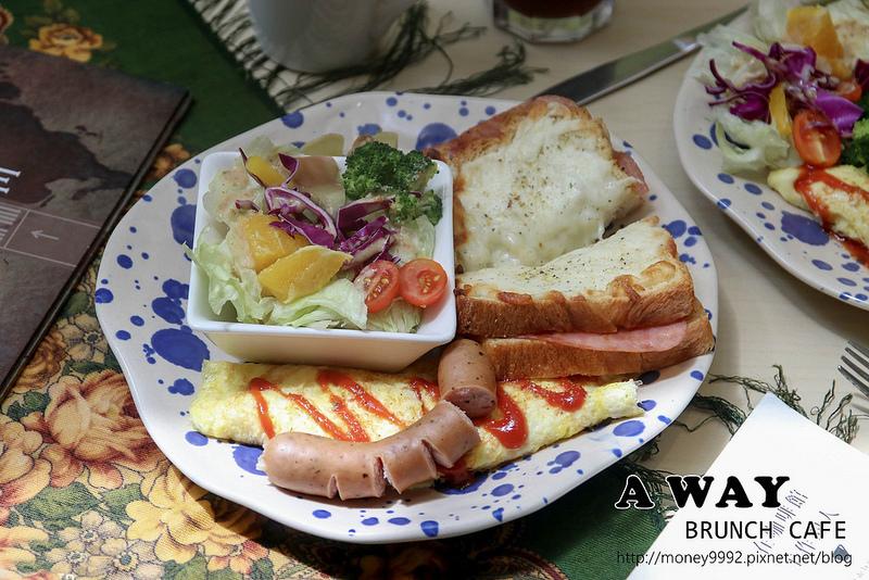 台南東區 「A WAY CAFE」小東路上高CP值平價法俄風味早午餐,咖啡,輕食,可麗餅。|台南早午餐|台南咖啡|