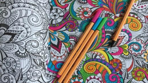 Зачем нужны раскраски-антистресс