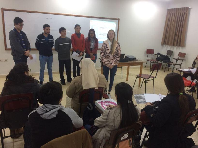 Intercambista de la Argentina, inició sus actividades en la Facultad de Humanidades