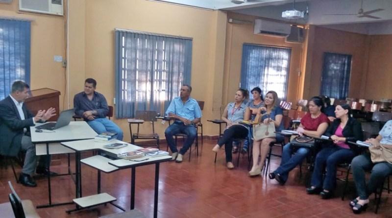 """Exitoso cierre del curso de """"Fundamentos epistemológicos en la investigación"""" en Humanidades"""