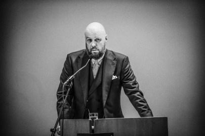Didrik holder åpningstale på Det Teologiske Menighetsfakultet. Foto: Arnfinn Pettersen