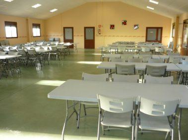 El comedor para 200 personas