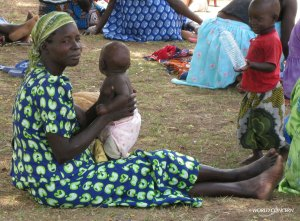 Moms and babies will receive blankets at rural clinics in Uganda.