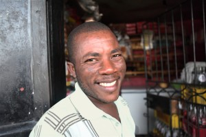Meet Damas - With his loan he was able to purchase a larger refrigerator for his shop.  Now he has a larger inventory and is doing well.