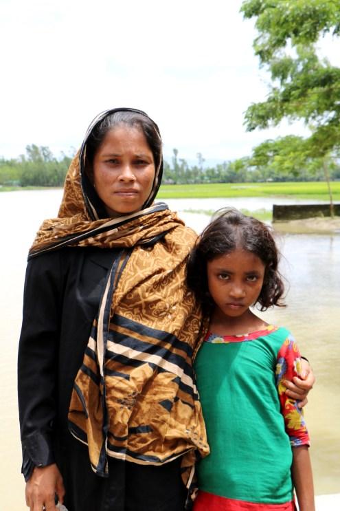 rohingya refugee family