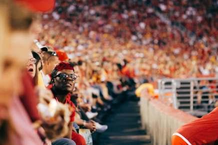 Use Twitter to increase sports fan loyalty