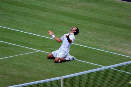 Celebrate Wimbledon with 25% off our tennis titles