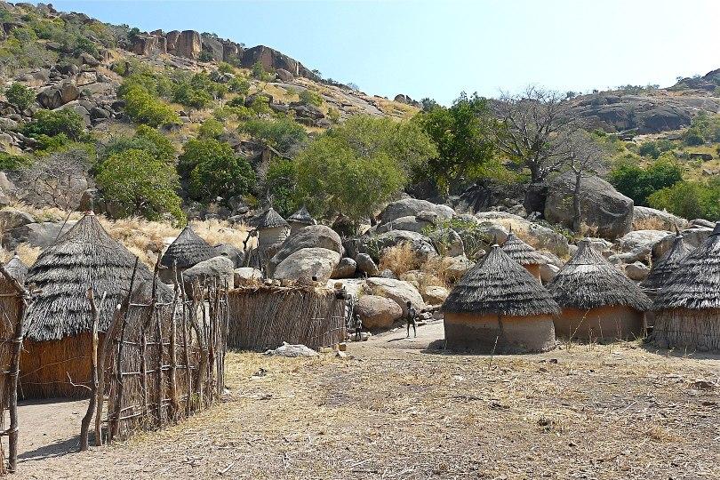 Nuba-heimon kylä