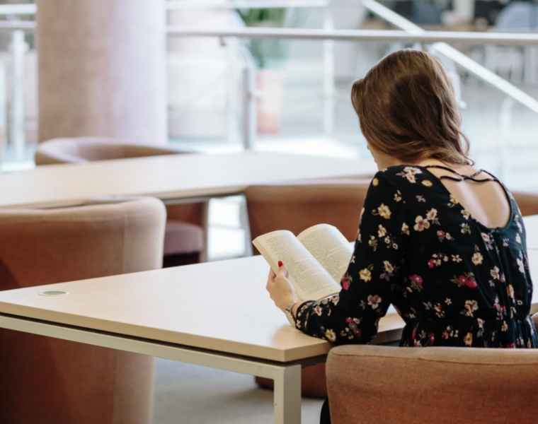 How to Get Comfortable Being Alone in College