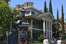Guest Post - History Of Disney' Haunted Mansion