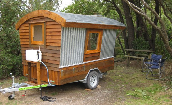 Polly An Ingenious Self Build Camper Made From Salvaged