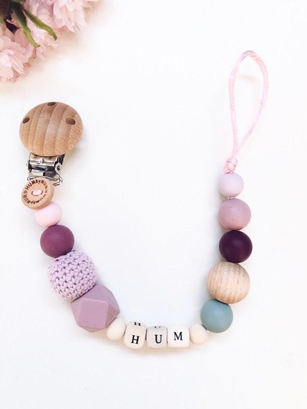 Speenkoord met kralen in de kleuren paars en lila