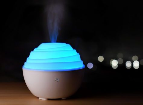 Image of Can you put essential oils in humidifier for baby
