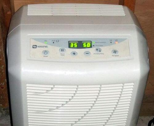Image of what is the best time of day to use a dehumidifier