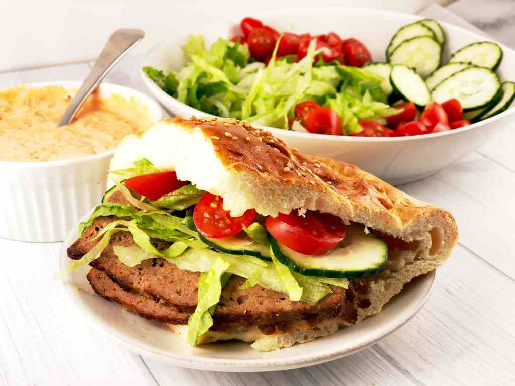 Döner Kebab with Lamb and Pita