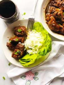 Caramel Pork with rice and lettuce