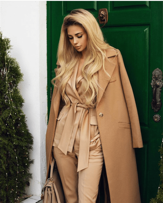 how-to-wear-camel-coat-4