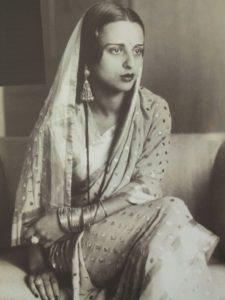 Amrita_Sher-Gil_in_sari