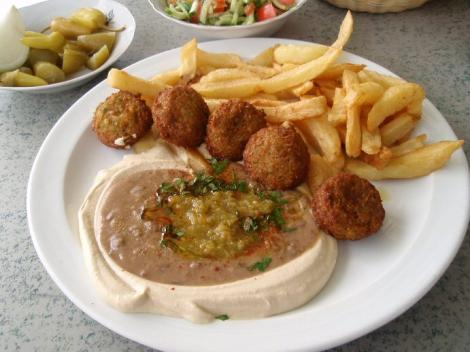 hummus-ful with falafel and chips