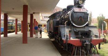 ダラット駅の機関車