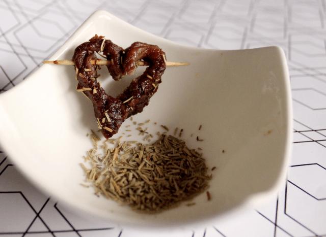Valentinstagsherz aus Fleisch