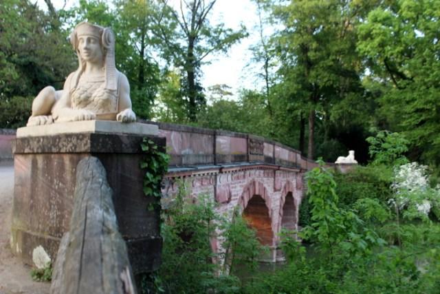 Brücke im Park Schönbusch in Aschaffenburg