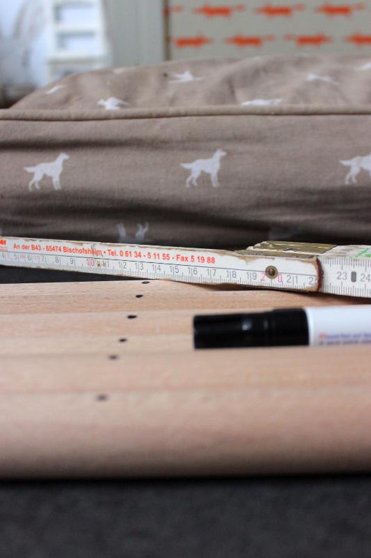 in drei einfachen schritten zum diy hunde tipi hundebloghaus. Black Bedroom Furniture Sets. Home Design Ideas