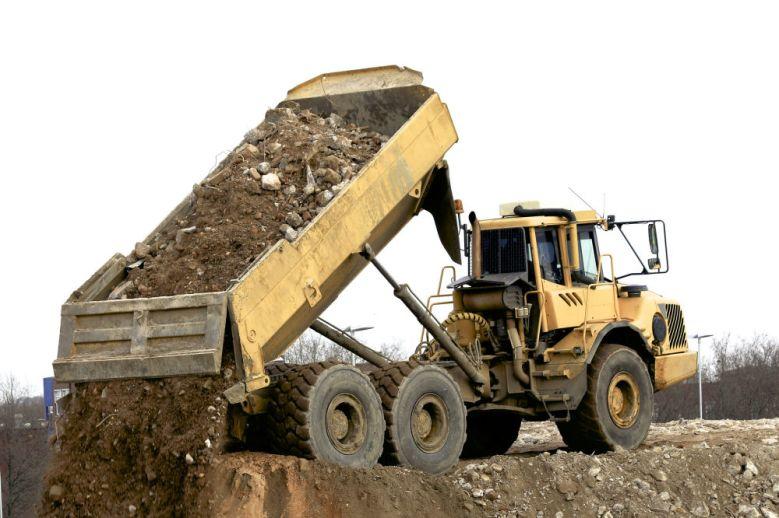tt-dump truck