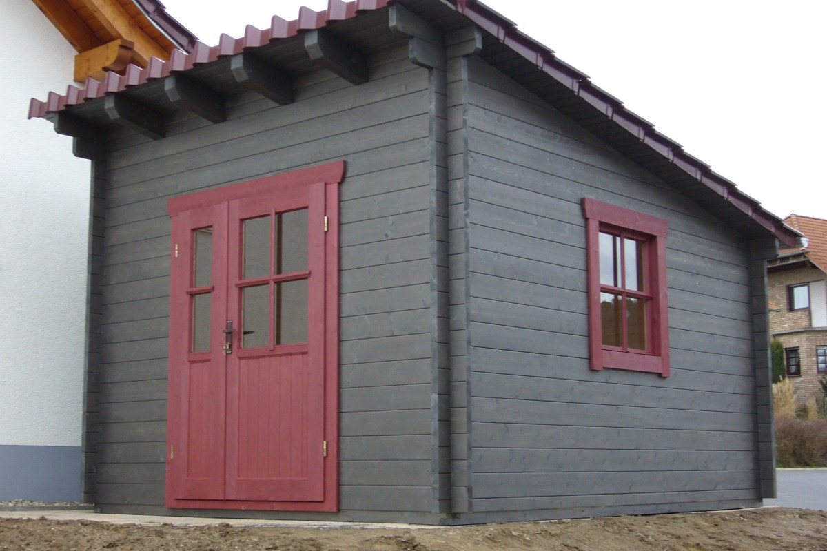 Blockhaus achatgrau lasiert
