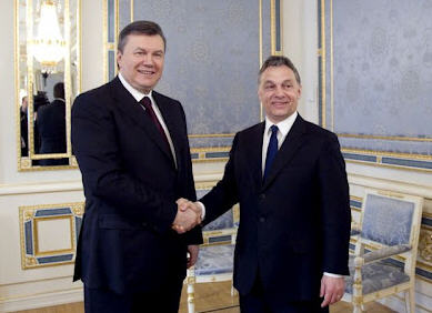 Viktor Yanukovych and Viktor Orbán in March 2012 during a short visit to Kiev