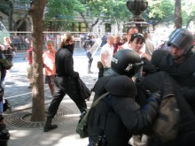 Anti-gay demonstrators attempt to flee police after assaulting the annual Budapest Pride parade (7/5/2008).