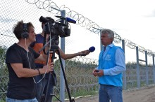 UNHCR talks to French film crew.