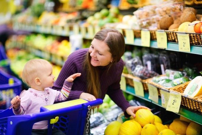 Bio Produkte kaufen | © panthermedia.net /shalamov