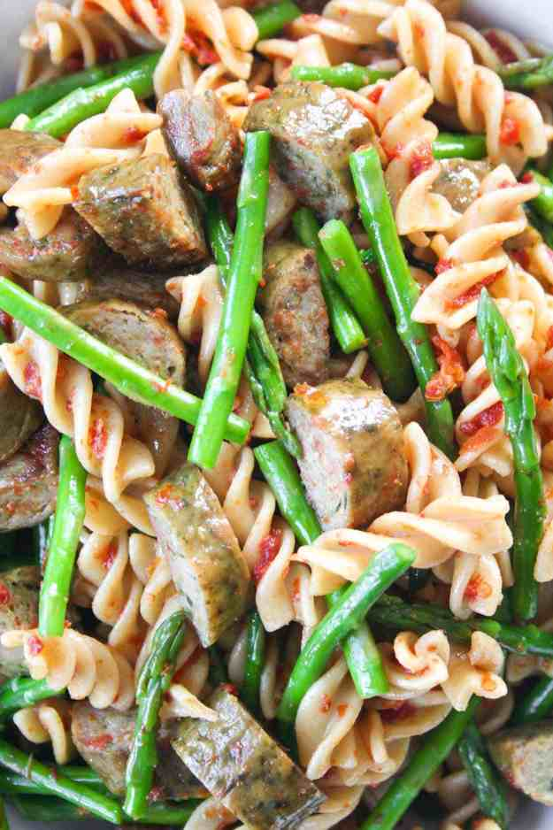 Sun Dried Tomato and Pesto Chicken Sausage Pasta Salad | Hungry by Nature