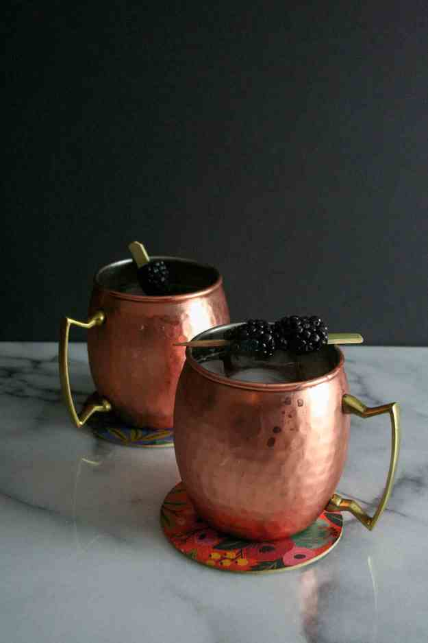 Blackberry Ginger Smash on Lyrics & Libations | cocktails, ginger, vodka, Moscow Mule, drink recipe, cocktail recipe | hungrybynature.com