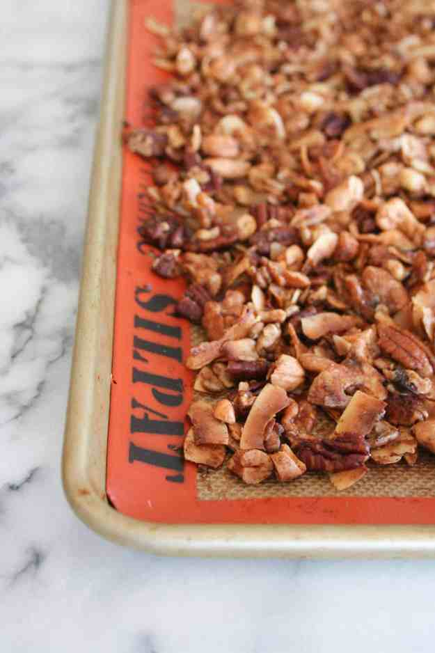 Grain Free Paleo Granola | recipe, healthy, coconut, simple, clean eating, maple syrup, gluten free, snack, breakfast | hungrybynature.com