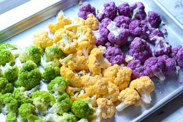 Sweet and Spicy Tri-Colored Cauliflower | recipe, low-carb, easy, roasted, gluten free, grain free, paleo, healthy | hungrybynature.com