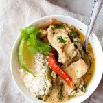 Whole30 Thai Green Curry with Chicken | recipe, easy, paleo, gluten free, grain free, diary free, curry paste, coconut, sauce, coconut butter | hungrybynature.com