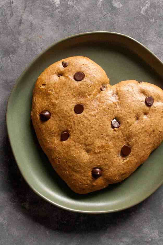 Giant Chocolate Chip Cookie for Two! (Paleo) | #paleo #glutenfreebaking #valentinesday #cookie #sweetheart #baking #glutenfree #holiday | hungyrbynature.com