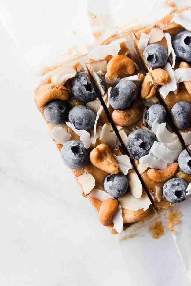 Blueberry and Cashew Butter Birthday Bars   #nobake #dessert #birthday #happybirthday #raw #vegan #paleo #glutenfree #blueberry   www.hungrybynature.com