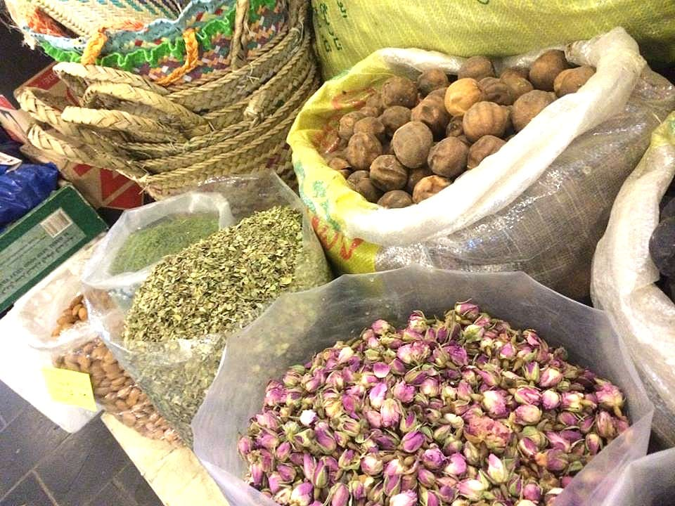 From A Far-Off Land: A Gift of Spices from Doha |HungryEnoughToEatSix.com