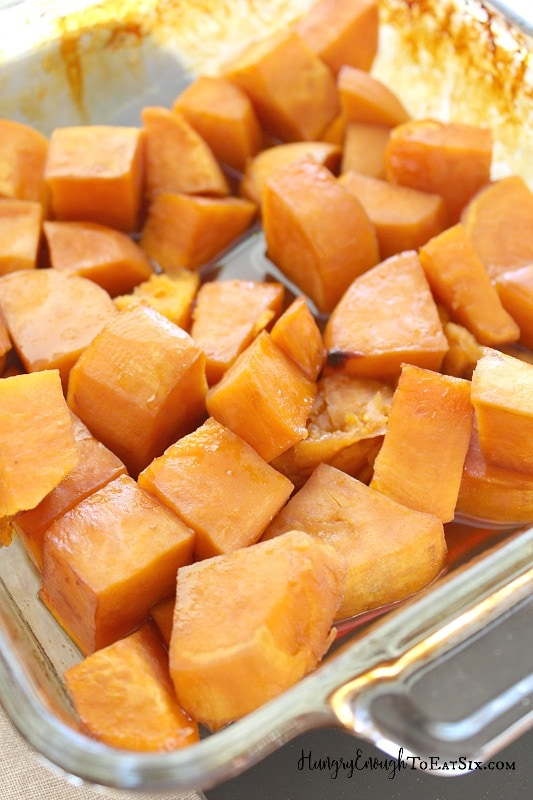 Roasted sweet potatoes make a sweet and smooth filling that is scented with cinnamon and nutmeg. All in a delicate, pie crust.