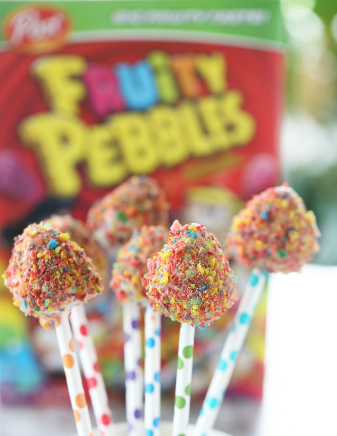 white-chocolate-fruity-pebbles-covered-strawberry-pops-8