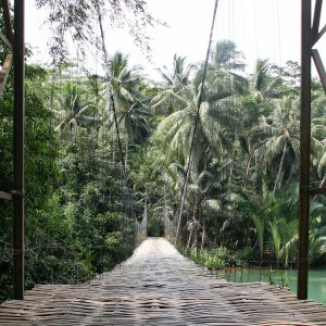 bamboo bridge java indonesien